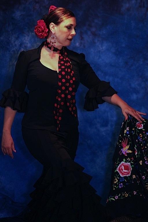 Joelle Gancalves - Sol Flamenco Dance Company