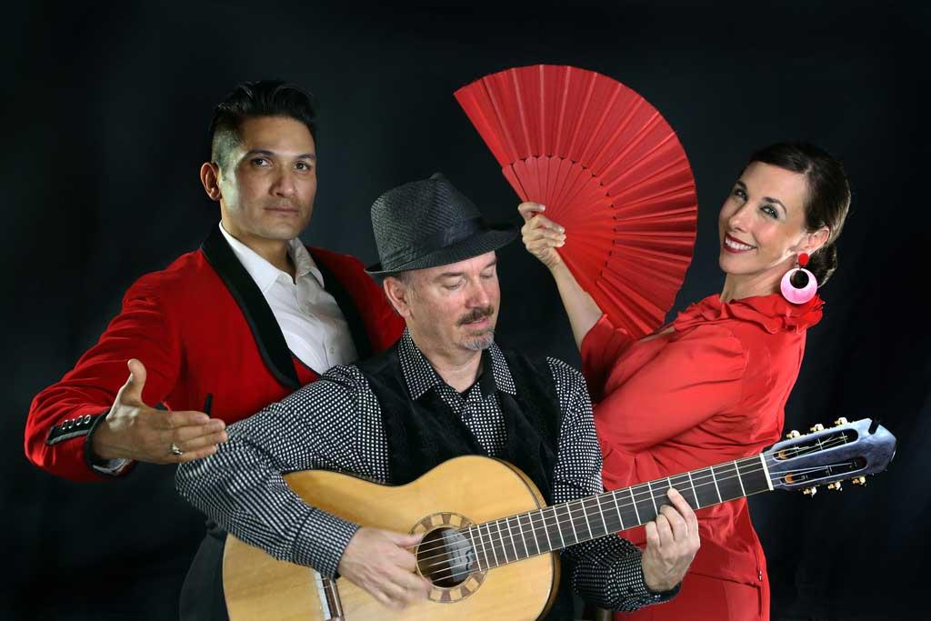 Joelle Gonçalves, Mark Taylor, Aldo Ruiz